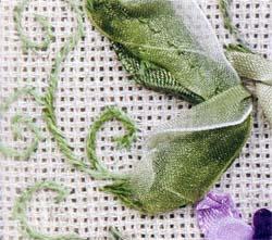 Вышивка лентами: Душистый горошек